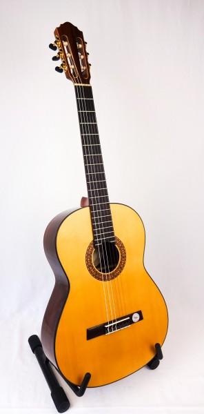 Höfner HD-01 Konzertgitarre